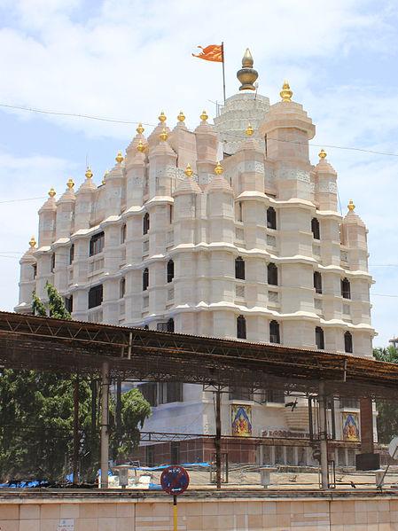 449px-Shree_Siddhivinayak_Temple_Mumbai